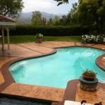 bordo piscina in cemento stampato