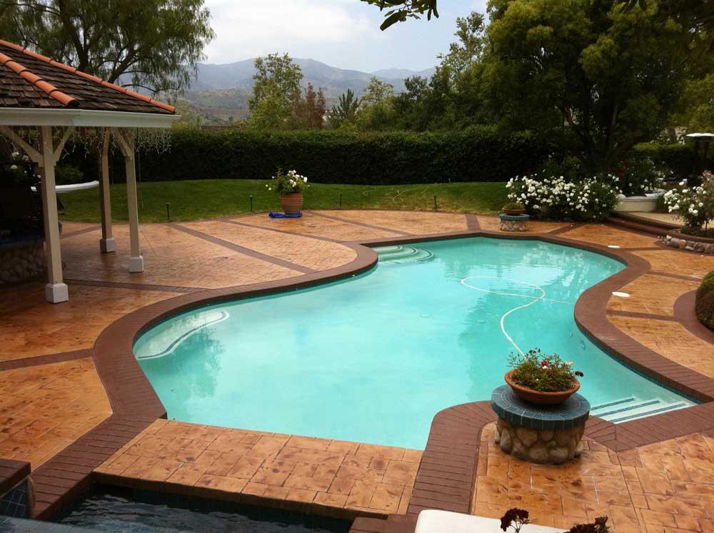 Foto cemento stampato pavimento moderno - Piastrelle bordo piscina ...