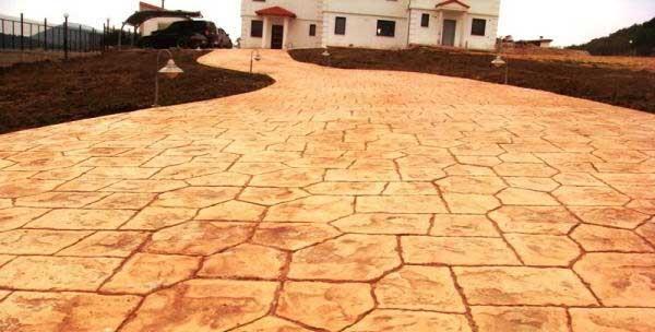 Pavimenti in cemento finta pietra immagini idea di rivestimento