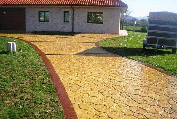 Foto cemento stampato pavimento moderno - Cemento colorato per esterni costo ...