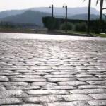pavimento in pietra stampata