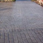 pavimento grigio in cls