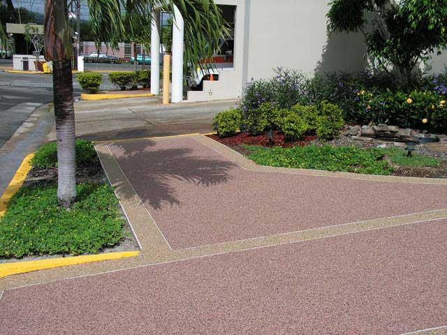 Foto pavimento sasso lavato personalizzabile - Pavimento in ciottoli esterno ...