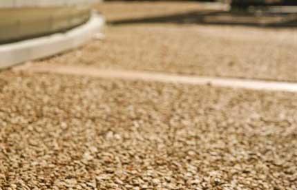 Pavimento drenante per esterno con granulati naturali - Pavimento resina esterno ...