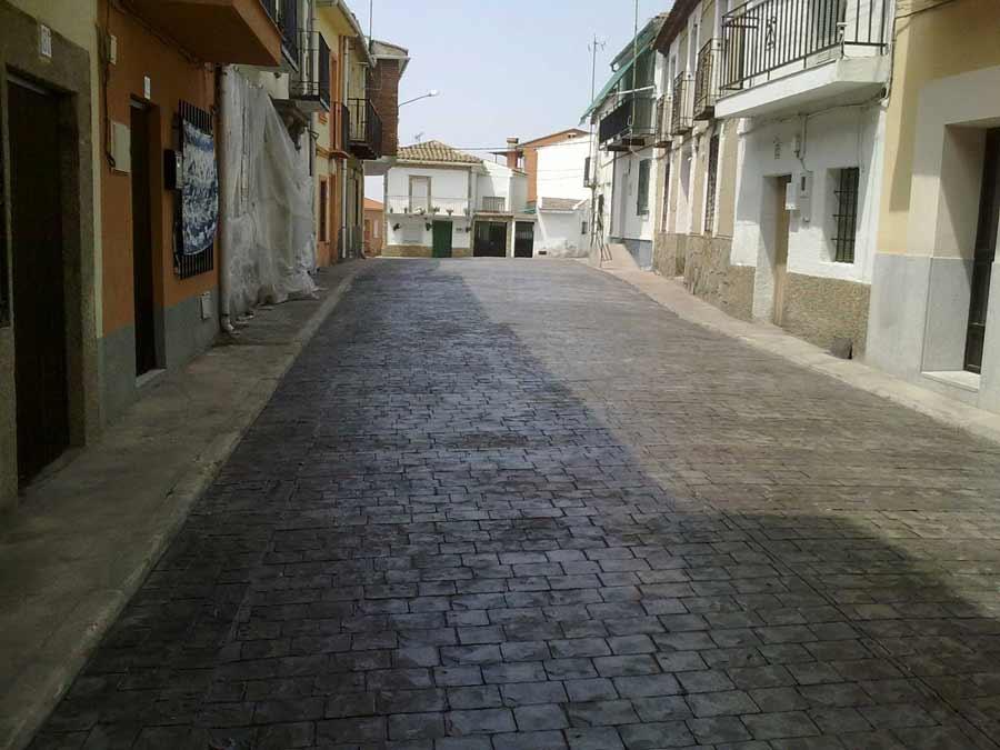pavimento-esterno-carrabile-monolitico-resistente-cemento-stampato ...