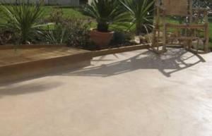 pavimento spatolato per esterno senza giunture