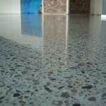 pavimento in cemento decorativo