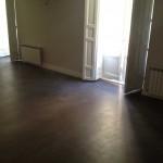 pavimento spatolato in microcemento grigio scuro