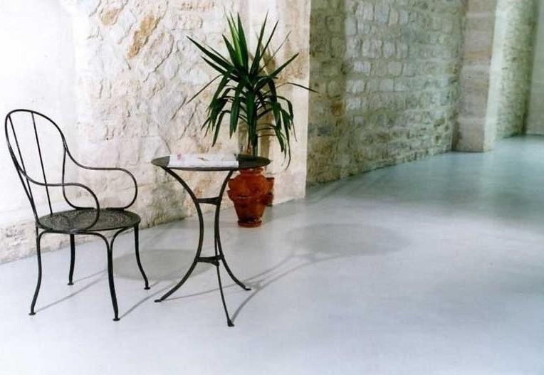 microcemento per pavimenti interni