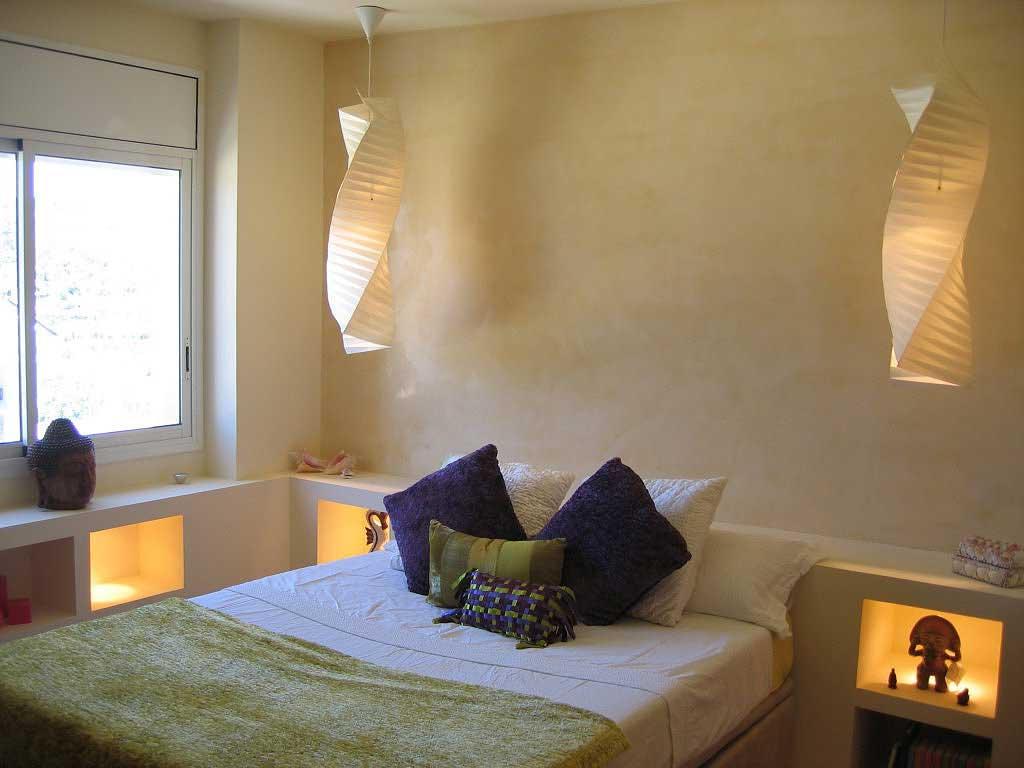 Pavimento zona notte letto rivestimento parete spalliera letto pavimenti moderni grigio fumo - Pavimento camera da letto ...
