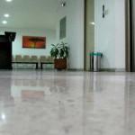 pavimento lucido in microcemento