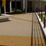 pavimento sasso lavato decorativo