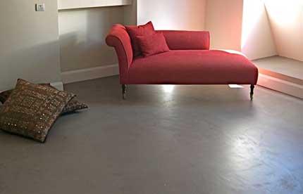 Pavimento spatolato per interni senza fughe economico for Pavimenti moderni per interni