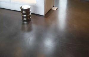 pavimento spatolato per interni antracite