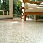 pavimento bianco in calcestruzzo levigato