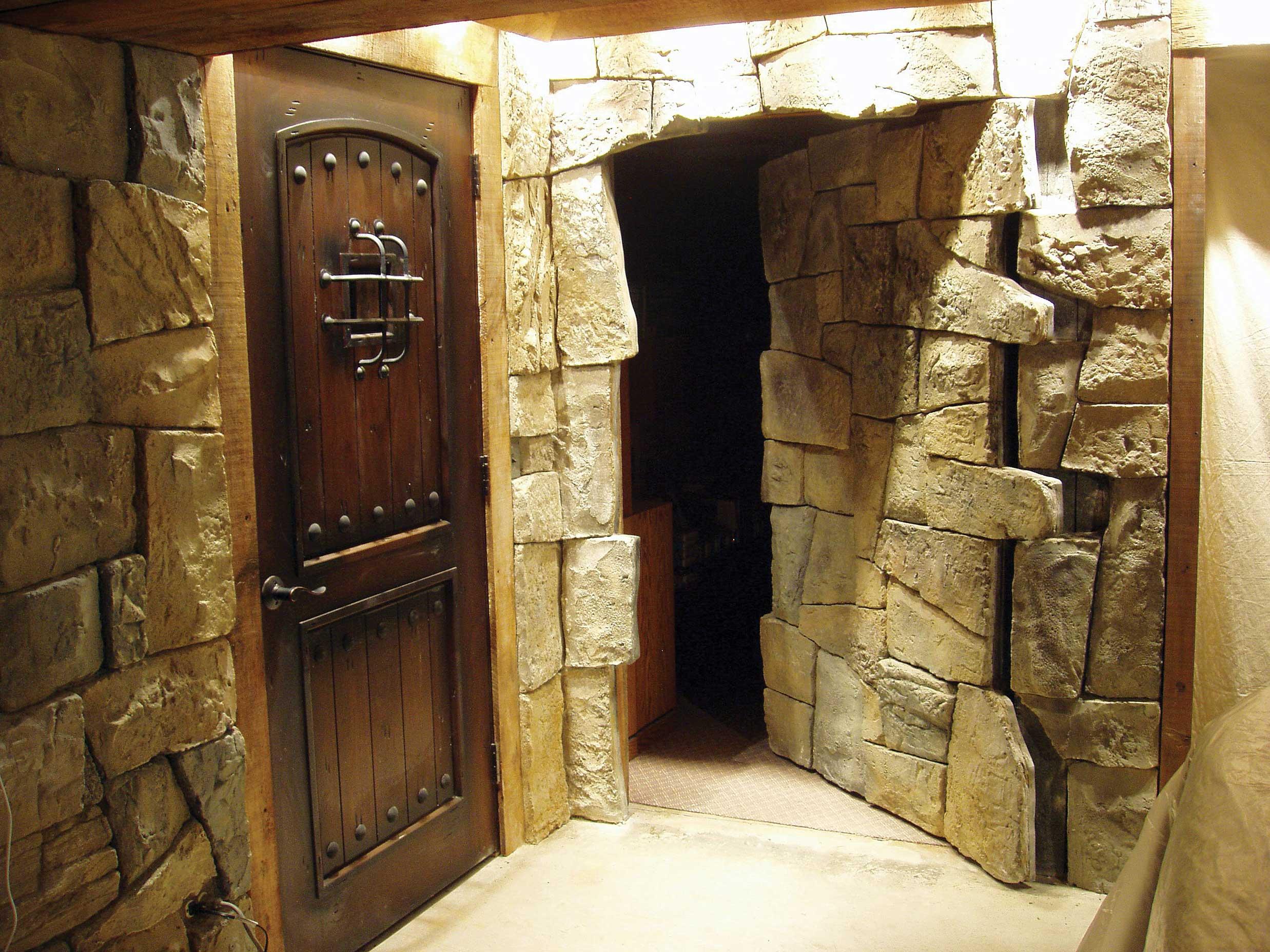 Pareti in pietra per soggiorno fabulous pareti in pietra - Piastrelle finta roccia ...
