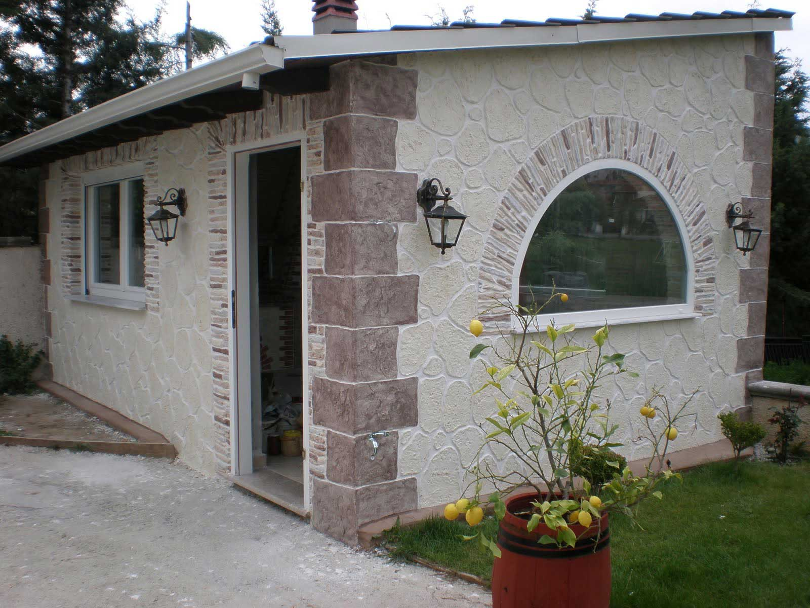 Immagini rivestimento pietra stampata e pietra ricostruita for Rivestimento in mattoni per case
