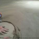 posa pavimenti in cemento spatolato