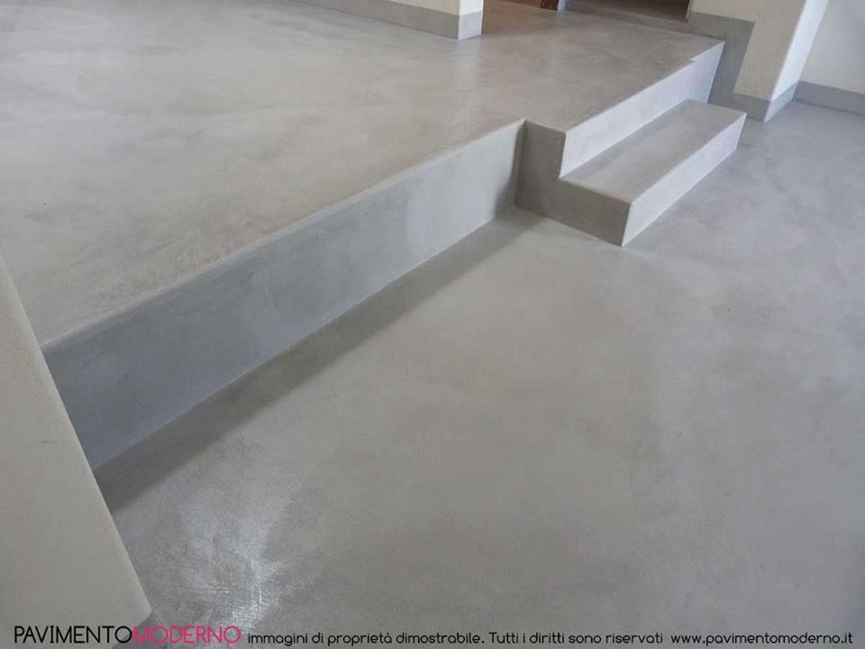 Pavimento tadelakt moderno grigio gradini monolocale battiscopa ...