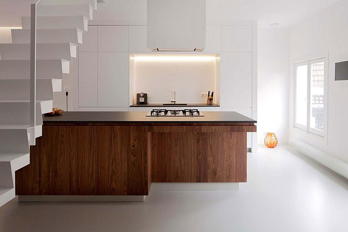 Pavimenti in resina per interni sistema infinity indoor for Pavimento per cucina