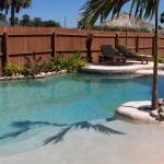 rivestimento effetto spiaggia per piscina