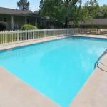 rivestimento piscina color sabbia