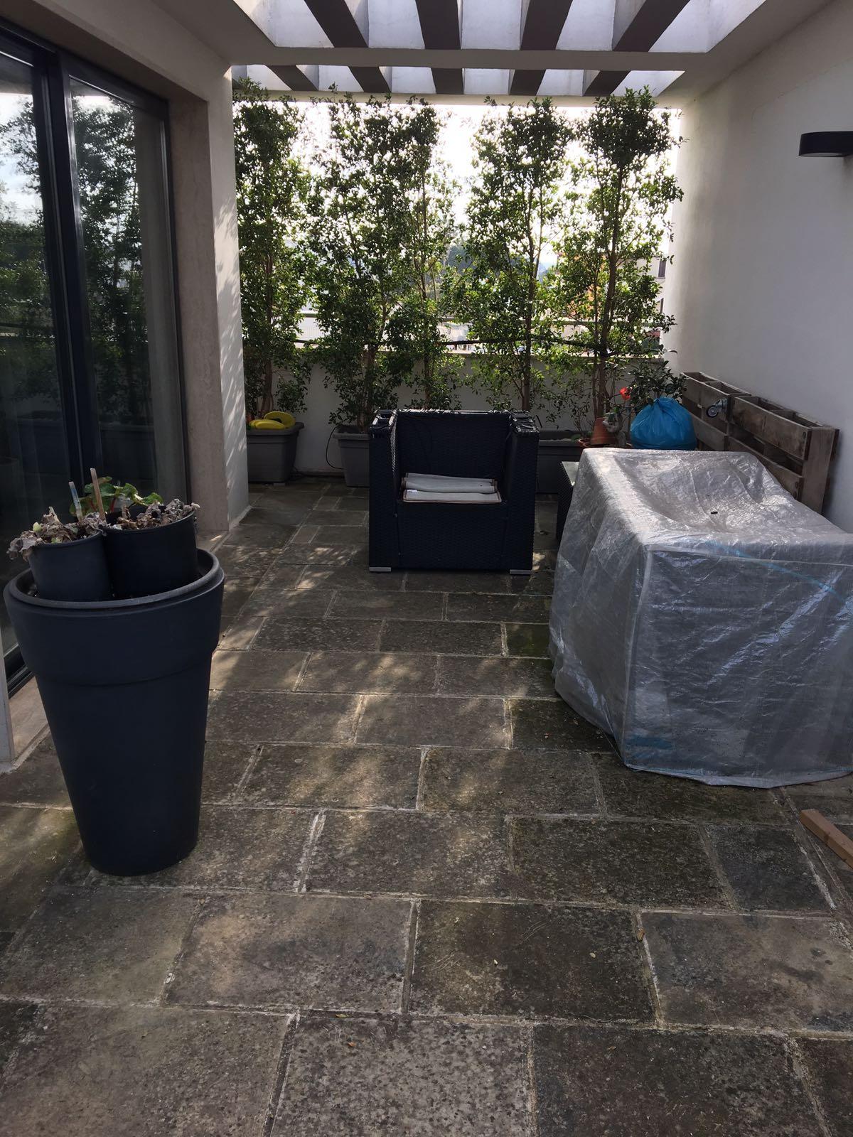 Rinnovo pavimento esterno terrazza con resina opaca Infinity Outdoor