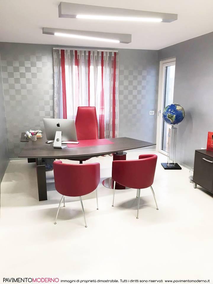 pavimenti in resina per interni ufficio chiaro