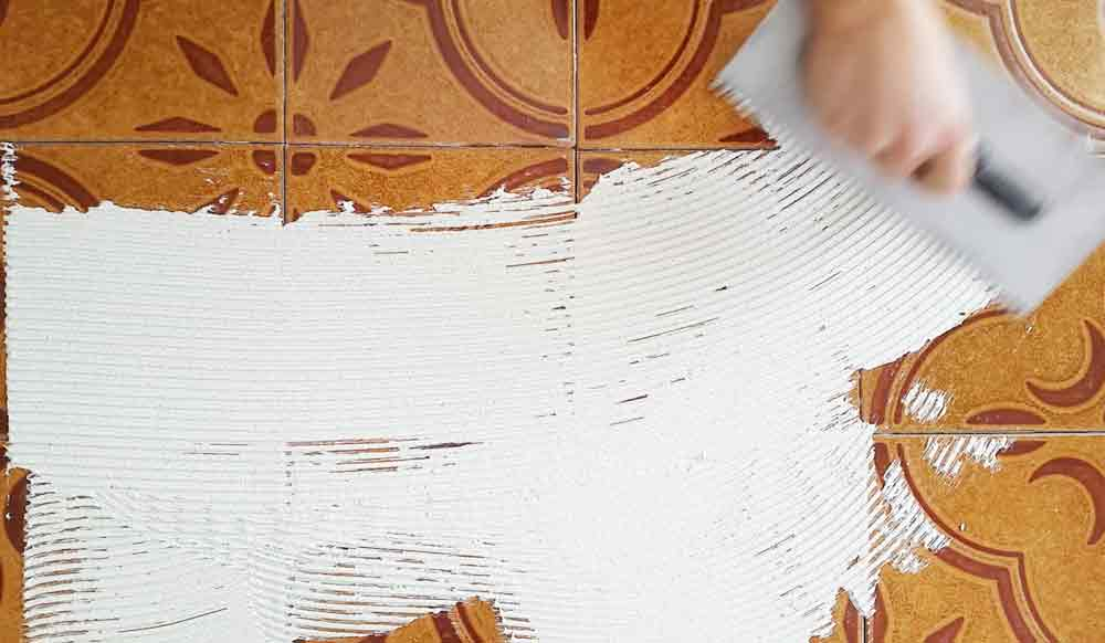 Rivestire piastrelle bagno in resina pavimento moderno