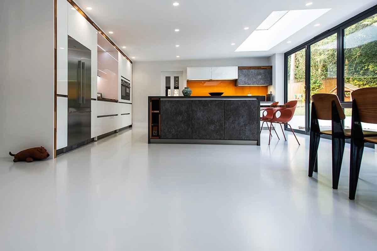 Pavimenti in resina per interni sistema infinity indoor for Pavimenti per soggiorno foto